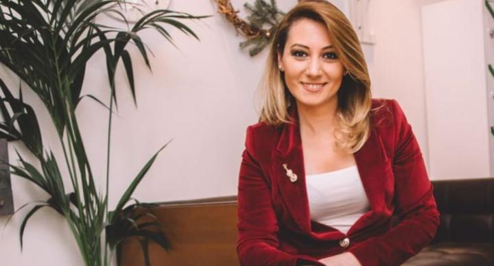 """""""EN İYİ KADIN"""" www.eniyikadın.com"""